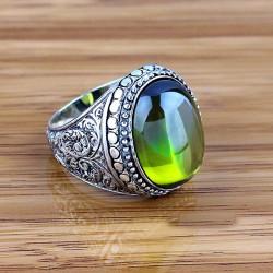 El İşçiliği Yeşil Taşlı Erkek Yüzüğü